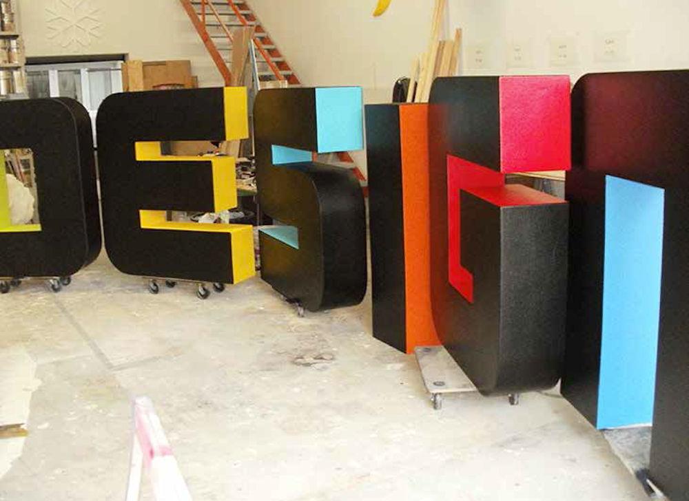 3d buchstaben figuren skulpturen deko in styropor und styrodur rechinger gmbh. Black Bedroom Furniture Sets. Home Design Ideas